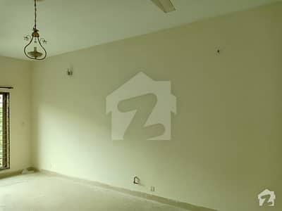 عسکری 10 عسکری لاہور میں 4 کمروں کا 10 مرلہ مکان 66 ہزار میں کرایہ پر دستیاب ہے۔