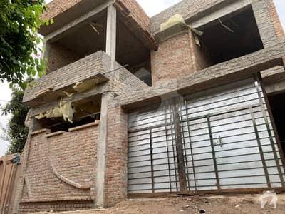 کینال ٹاؤن پشاور میں 6 کمروں کا 10 مرلہ مکان 1.75 کروڑ میں برائے فروخت۔