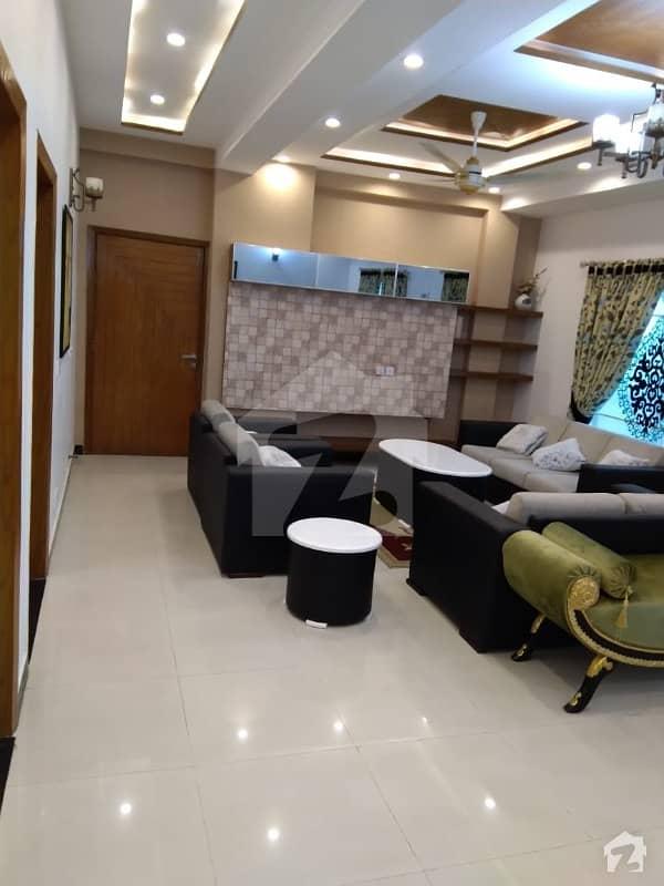 عسکری 11 ۔ سیکٹر بی اپارٹمنٹس عسکری 11 عسکری لاہور میں 3 کمروں کا 14 مرلہ پینٹ ہاؤس 1.3 لاکھ میں کرایہ پر دستیاب ہے۔