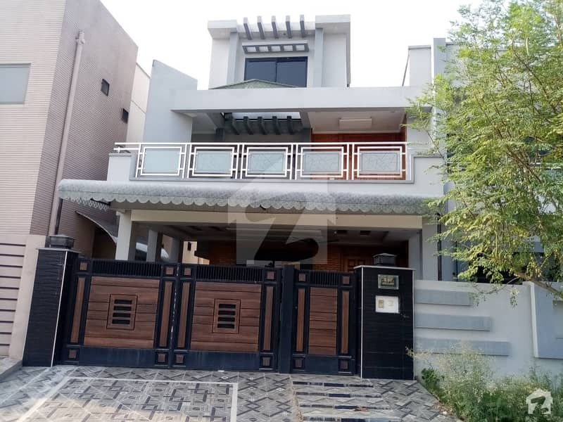 10 Marla House In DC Colony Is Best Option