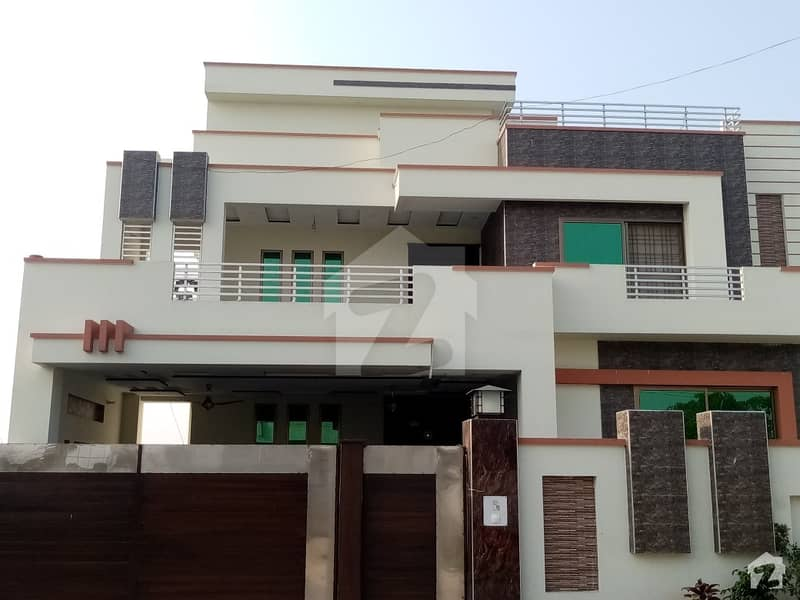 1 Kanal House In DC Colony Is Available
