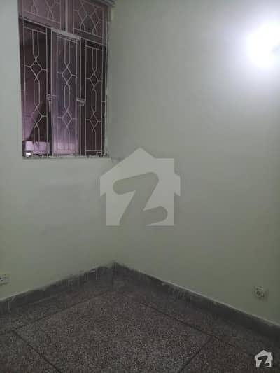 جی ۔ 6 اسلام آباد میں 2 کمروں کا 2 مرلہ کمرہ 17 ہزار میں کرایہ پر دستیاب ہے۔