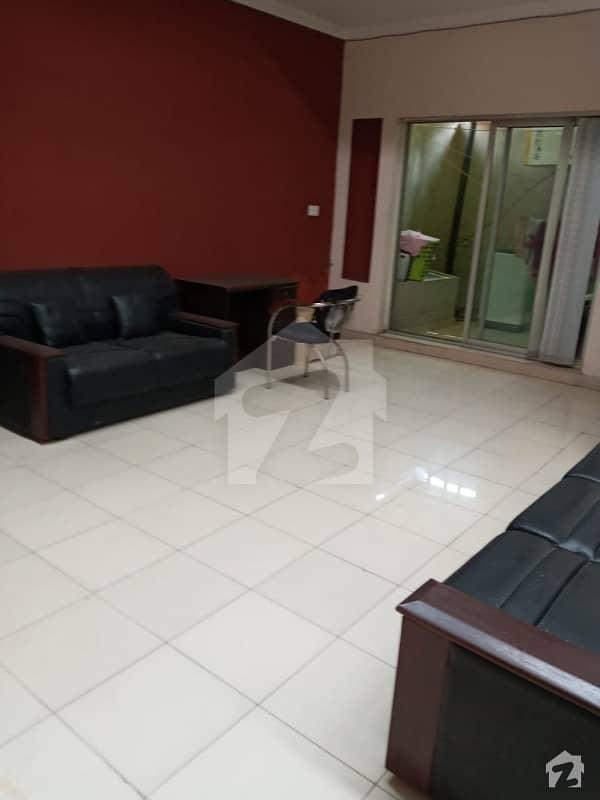 بحریہ ٹاؤن سفاری ولاز بحریہ ٹاؤن سیکٹر B بحریہ ٹاؤن لاہور میں 3 کمروں کا 8 مرلہ مکان 1.2 کروڑ میں برائے فروخت۔