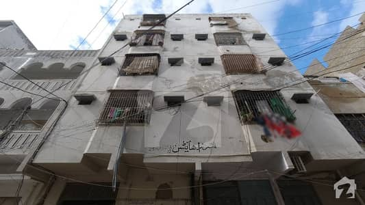 2 Beds 3rd Floor Flat Is Available For Sale In Nazimabad - Block 5 e Karachi