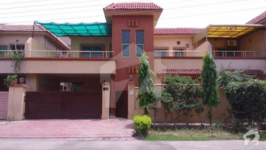 10 Marla House For Rent In Askari 11 Lahore