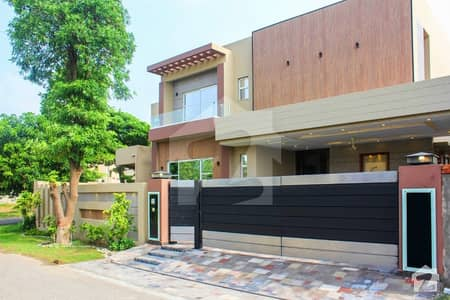 Corner 1 Kanal Brand New Owner Build Fully Basement 8 Beds Bungalow Mazhar Munir Style For Sale