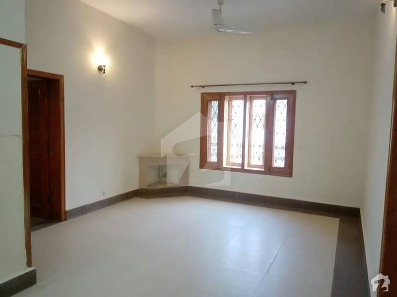 2450  Square Feet House In G-9 Best Option