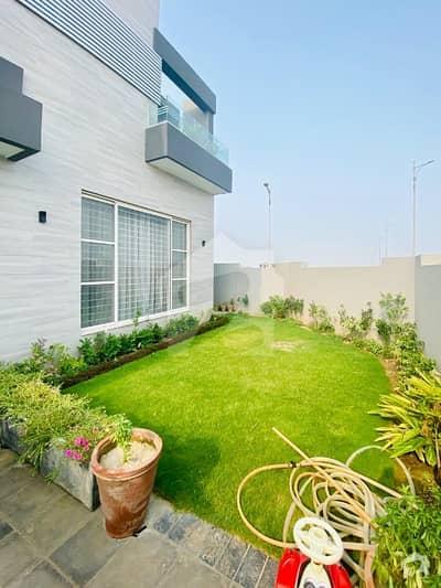 ڈی ایچ اے فیز 7 - بلاک زیڈ2 ڈی ایچ اے فیز 7 ڈیفنس (ڈی ایچ اے) لاہور میں 6 کمروں کا 1 کنال مکان 3.99 کروڑ میں برائے فروخت۔