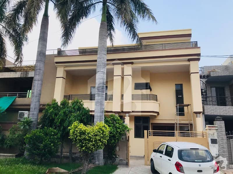 Original Pictures Attached Double Storey 10 Marla Bungalow For Sale Punjab Coop Housing Society Phase 1 A3 Block