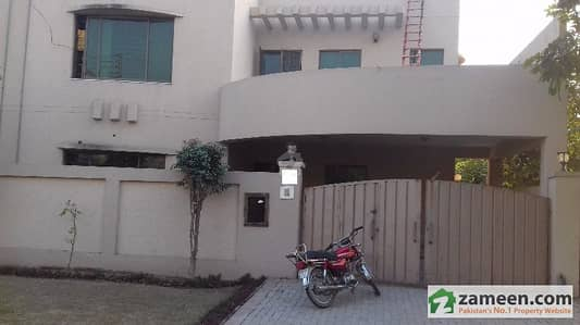 One Kanal Younis Design House Facing Ring Road Available For Sale