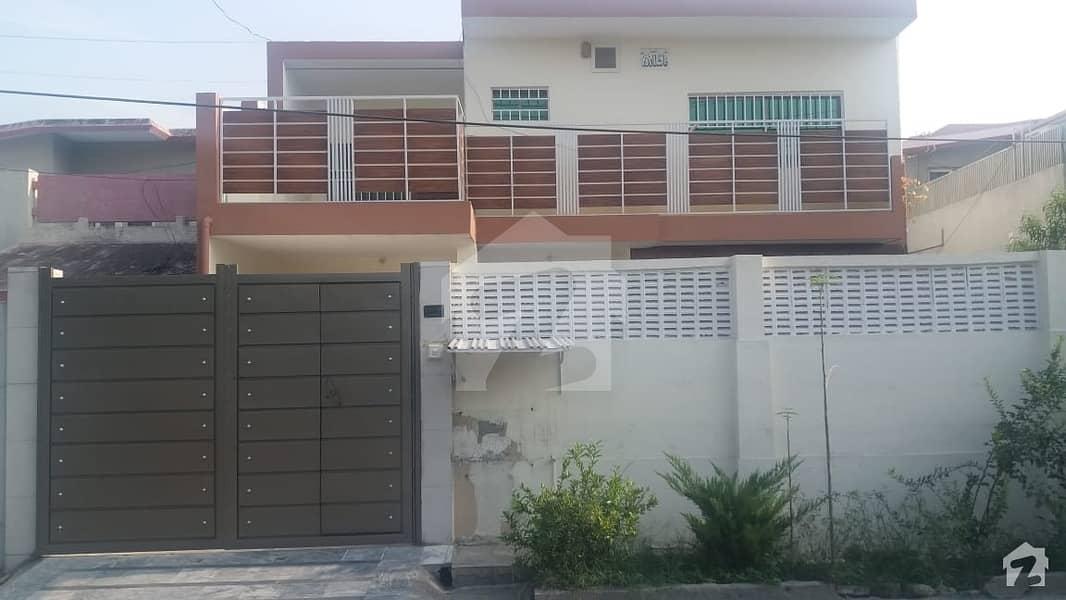 ڈیفینس آفیسر کالونی پشاور میں 5 کمروں کا 12 مرلہ مکان 3.75 کروڑ میں برائے فروخت۔