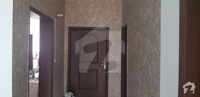 عسکری 10 - سیکٹر ایف عسکری 10 عسکری لاہور میں 5 کمروں کا 17 مرلہ مکان 4.4 کروڑ میں برائے فروخت۔
