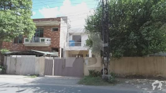 Upper Portion Is Available For Rent In Gulberg 3 - Block K Lahore