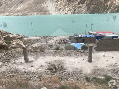 عطا آباد ہنزہ میں 6 کنال کمرشل پلاٹ 3.9 کروڑ میں برائے فروخت۔