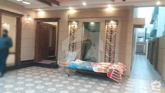 پی آئی اے ہاؤسنگ سکیم ۔ بلاک سی پی آئی اے ہاؤسنگ سکیم لاہور میں 3 کمروں کا 1 کنال بالائی پورشن 50 ہزار میں کرایہ پر دستیاب ہے۔