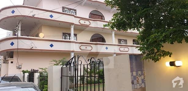 نارتھ کراچی ۔ سیکٹر 11اے نارتھ کراچی کراچی میں 3 کمروں کا 10 مرلہ زیریں پورشن 45 ہزار میں کرایہ پر دستیاب ہے۔