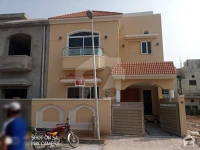 Ali Block 5 Marla Structure For Sale