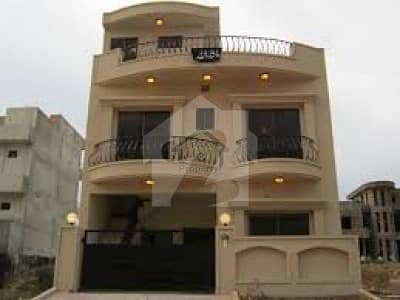 5 Marla Used House For Sale In Bahria Town Phase 8 Sector M 1 Year Old