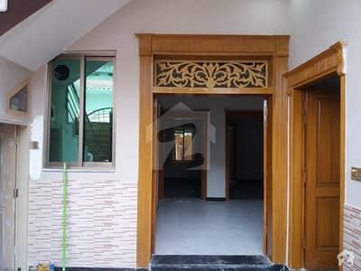 ورسک روڈ پشاور میں 6 کمروں کا 4 مرلہ مکان 1 کروڑ میں برائے فروخت۔