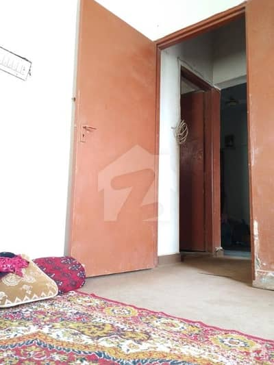 1250  Square Feet Flat For Sale In Gulistan-E-Jauhar