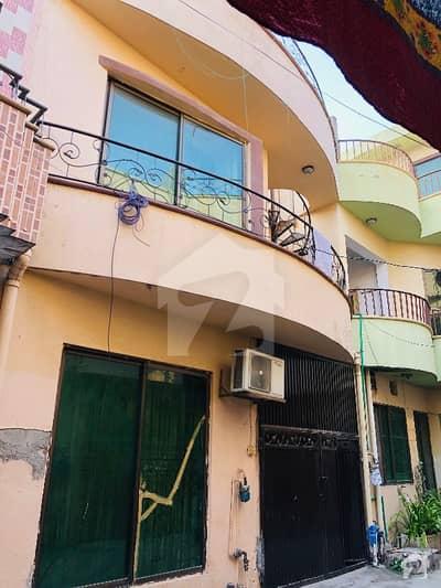 شاہ جمال لاہور میں 4 کمروں کا 4 مرلہ مکان 1.2 کروڑ میں برائے فروخت۔