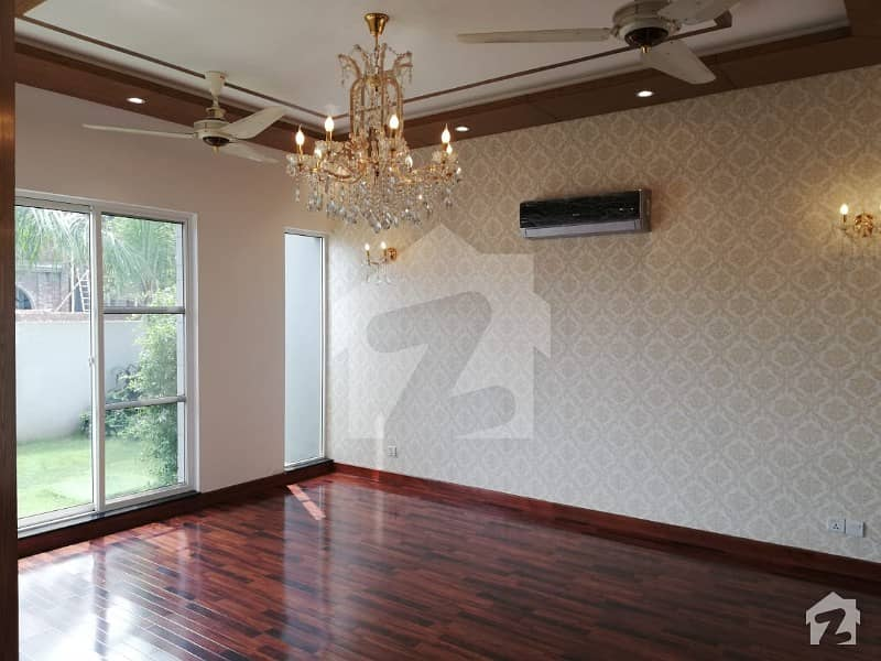 Sarzameen Real State  Builders Kanal Brand New House At Prime Location