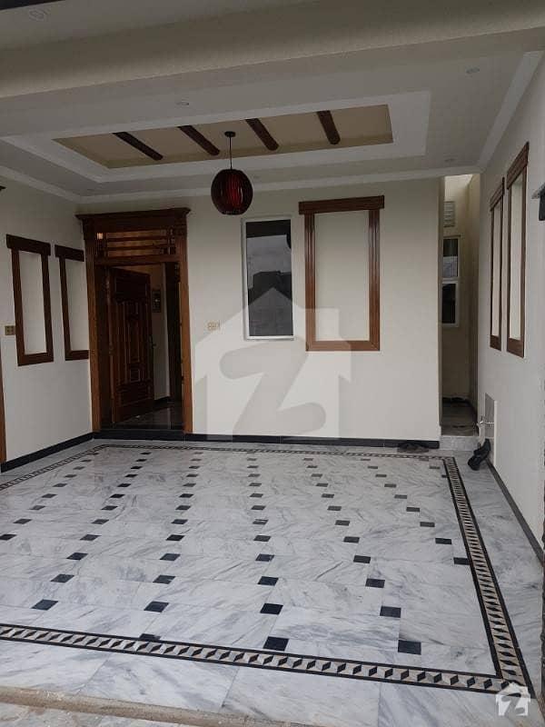 جناح گارڈنز ایف ای سی ایچ ایس اسلام آباد میں 5 کمروں کا 7 مرلہ مکان 1.68 کروڑ میں برائے فروخت۔