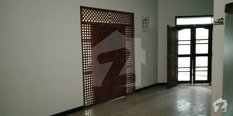 کلفٹن ۔ بلاک 2 کلفٹن کراچی میں 3 کمروں کا 9 مرلہ زیریں پورشن 1 لاکھ میں کرایہ پر دستیاب ہے۔