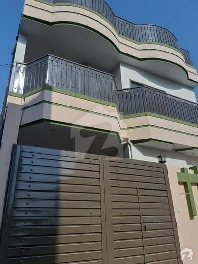 ورسک روڈ پشاور میں 6 کمروں کا 5 مرلہ مکان 1.4 کروڑ میں برائے فروخت۔