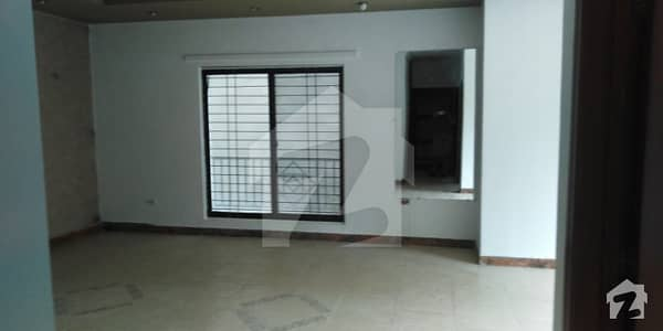 7 Marla First Floor For Sale In  Rehman Garden Near Dha Phase 1