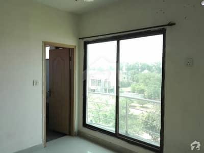 گل بہار پارک لاہور میں 2 کمروں کا 3 مرلہ فلیٹ 18 ہزار میں کرایہ پر دستیاب ہے۔