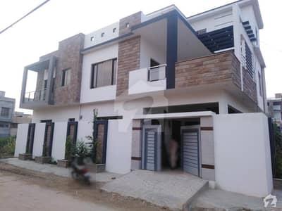 ریونیو ہاؤسنگ سوسائٹی قاسم آباد حیدر آباد میں 6 کمروں کا 7 مرلہ مکان 2.3 کروڑ میں برائے فروخت۔