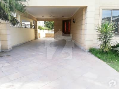 12 Beds House Is Available For Rent In F-8