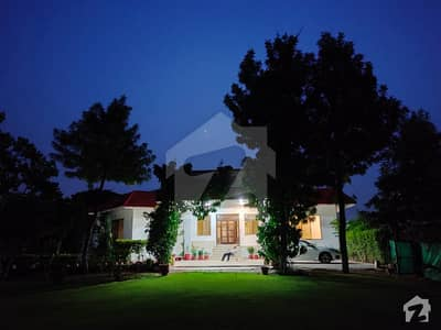 18000  Square Feet Farm House In Central Chak Shahzad For Rent