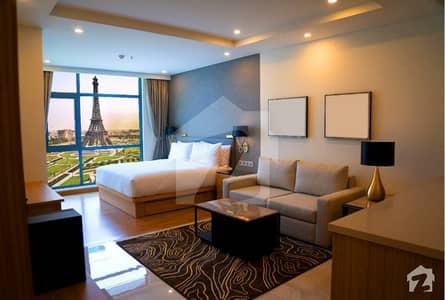 بحریہ ٹاؤن قائد بلاک بحریہ ٹاؤن سیکٹر ای بحریہ ٹاؤن لاہور میں 1 کمرے کا 3 مرلہ فلیٹ 50 لاکھ میں برائے فروخت۔