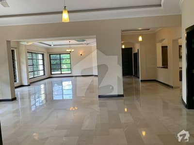 4 Beds Portion For Rent In F7