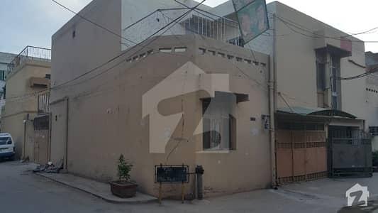 گلبرگ 3 - بلاک اے3 گلبرگ 3 گلبرگ لاہور میں 2 کمروں کا 5 مرلہ بالائی پورشن 30 ہزار میں کرایہ پر دستیاب ہے۔