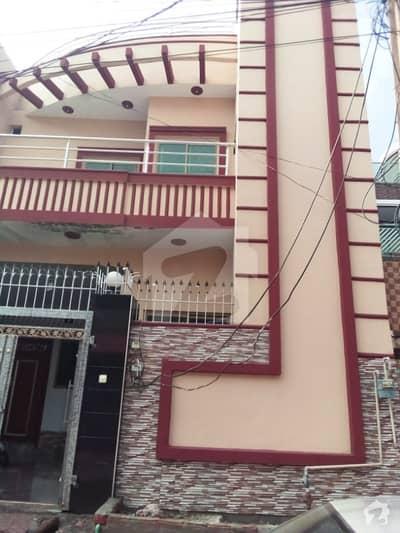 خیابان صادق سرگودھا میں 5 کمروں کا 5 مرلہ مکان 1.3 کروڑ میں برائے فروخت۔