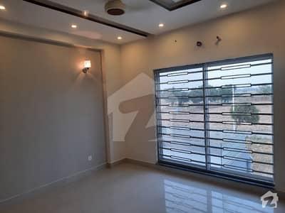 بیدیاں روڈ لاہور میں 3 کمروں کا 5 مرلہ مکان 1.2 کروڑ میں برائے فروخت۔