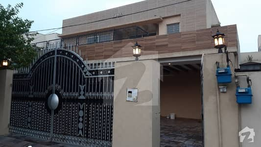 One Kanal Full House 5 Bed Room Double Unit House For Rent