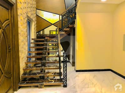 1 Kanal Solid Constructed Designer House For Sale