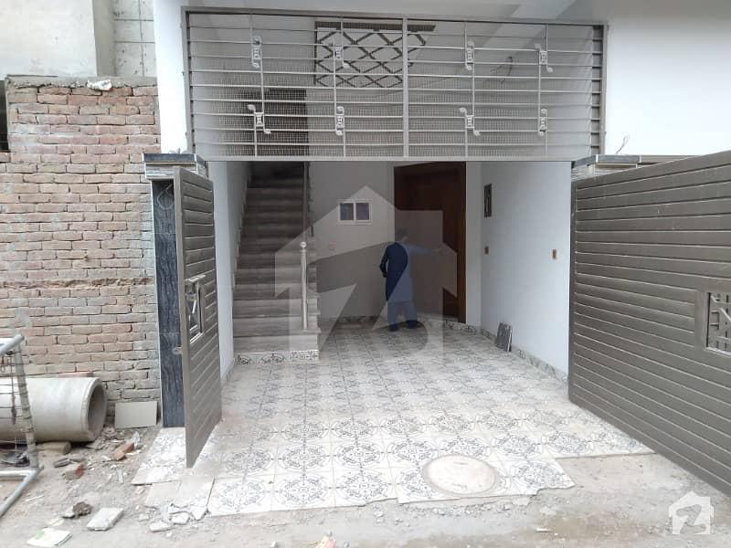 گھاگرا ولاز ملتان پبلک سکول روڈ ملتان میں 3 کمروں کا 4 مرلہ مکان 55 لاکھ میں برائے فروخت۔