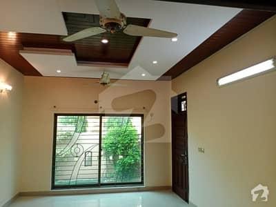 رِیور ویو کوآپریٹو ہاؤسنگ سوسائٹی لاہور میں 2 کمروں کا 1.1 کنال زیریں پورشن 52 ہزار میں کرایہ پر دستیاب ہے۔
