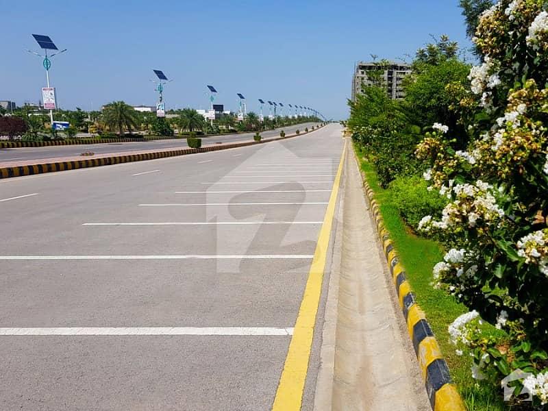 سماما سٹار مال اینڈ ریزیڈینسی گلبرگ گرینز گلبرگ اسلام آباد میں 1 کمرے کا 2 مرلہ فلیٹ 40 لاکھ میں برائے فروخت۔