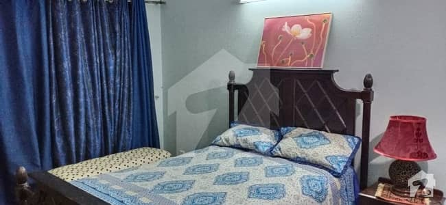 Single Bedroom Fully Furnished Room For Rent In 1 Kanal House