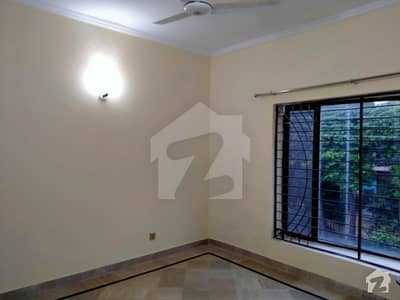 1 Kanal Upper Portion Separate Gate 3 Bedrooms Dha Phase 3 Block Z