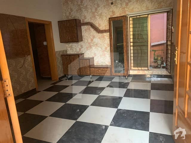 In Khayaban-E-Sadiq Lower Portion For Rent Sized 1125  Square Feet