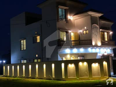 10 Marla 6 Bedroom Triple Storey Brand New Corner House For Sale