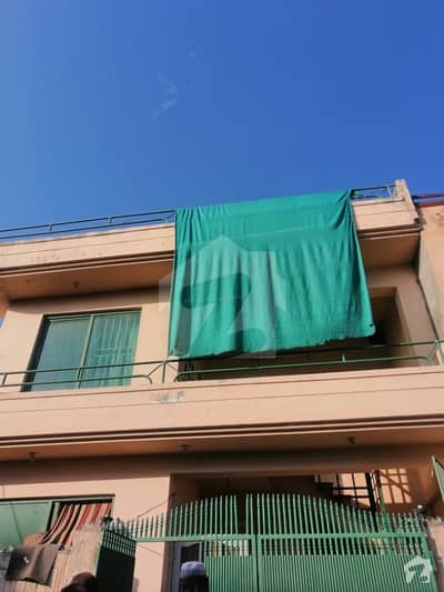 مارگلہ ٹاؤن اسلام آباد میں 4 کمروں کا 4 مرلہ مکان 1.5 کروڑ میں برائے فروخت۔