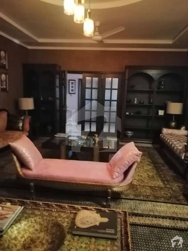 مری روڈ اسلام آباد میں 1 کمرے کا 1 مرلہ فلیٹ 27 لاکھ میں برائے فروخت۔